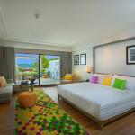 Lua de Mel | The Nai Harn | Grand Ocean View Room