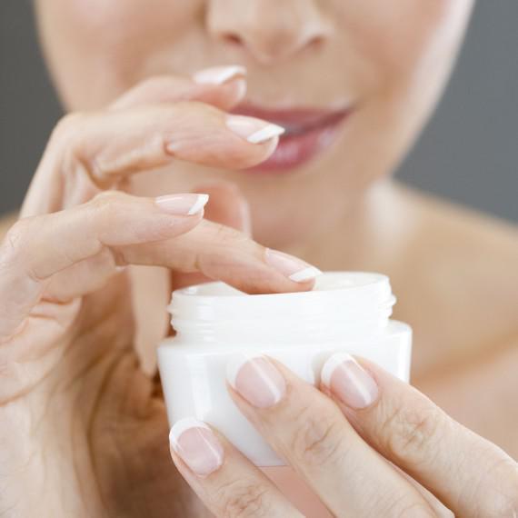 O que você precisa saber antes de comprar um hidratante facial?