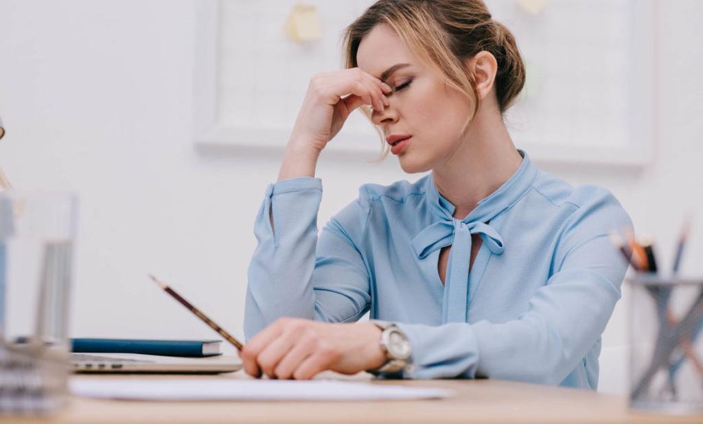 Estresse durante a quarentena pode causar queda capilar; saiba como prevenir o problema