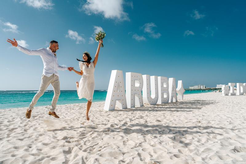 Autoridade de Turismo de Aruba lança nova política para adiamento de casamentos e lua de mel