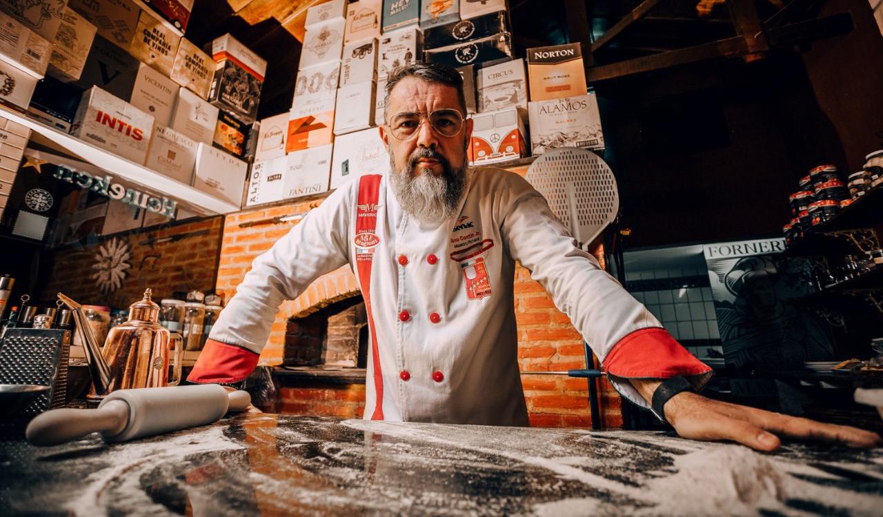 Chef Gino Contin revela o segredo das Pizzas Napolitanas